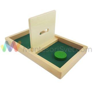 tacna-sa-pregradom-za-ubacivanje-diska-zelene-boje