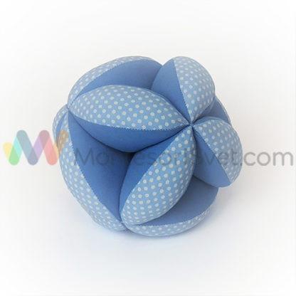 montesori-lopta-plava-sa-belim-tufnama